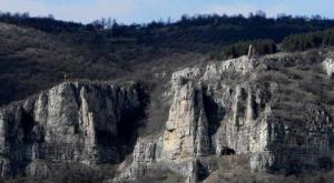 Ръжишка пещера забележителности